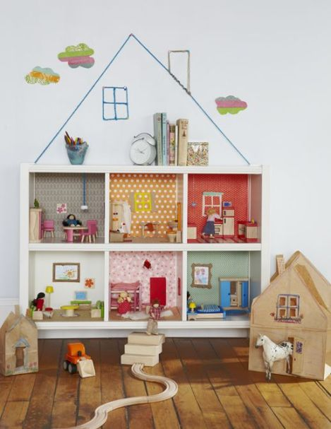 Bookcase doll's house