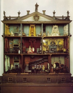 antique doll's house